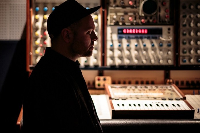 """DJ Shadow Liberates 'The Mountain Will Fall' Song """"The Sideshow"""""""