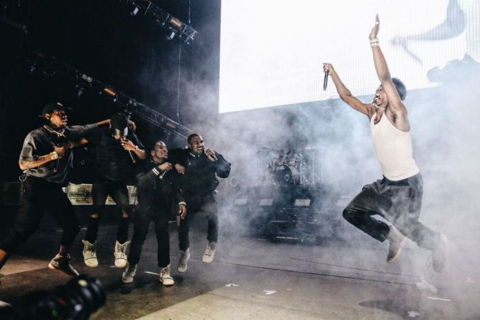 """Kanye West Announces Second Streaming Event for """"Famous"""" Video"""