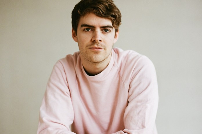 "Ryan Hemsworth is ""Burying The Sun"" on New Single"