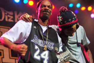 "Snoop Dogg & Wiz Khalifa Reconnect for ""Kush Ups"""