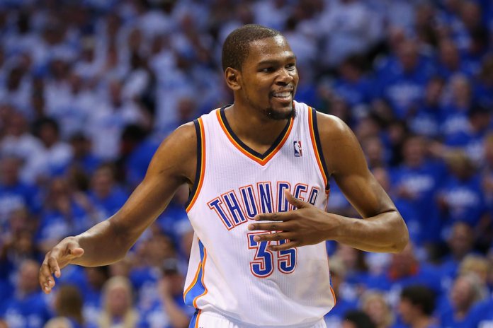 Kevin Durant Signs With the Golden State Warriors