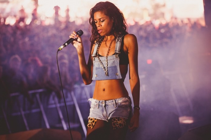 """AlunaGeorge Collaborate With Dreezy & Leikeli47 for """"Mean What I Mean"""""""