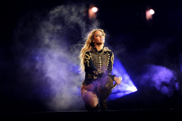 "Beyoncé: ""We Are Sick & Tired of the Killings of Young Men & Women in Our Communities"""