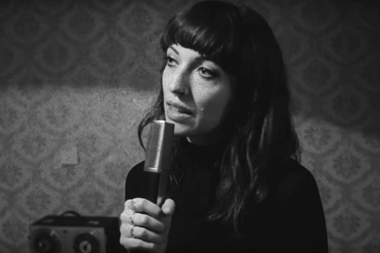 """Watch Daughter's Strobe-Heavy Video For """"No Care"""""""