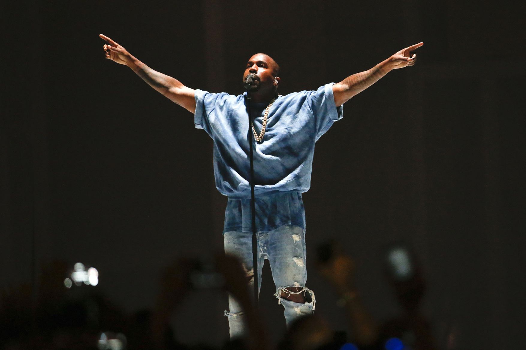 Kanye West to Debut His Own Art Installation Live at Upcoming Gala & Art Show in the Hamptons