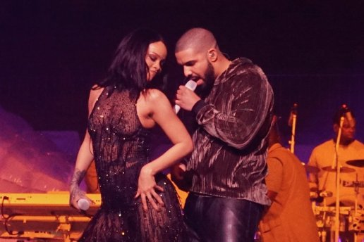"""Watch Drake & Rihanna Shut Down Manchester With Surprise Performance of """"Work"""" and """"One Dance"""""""