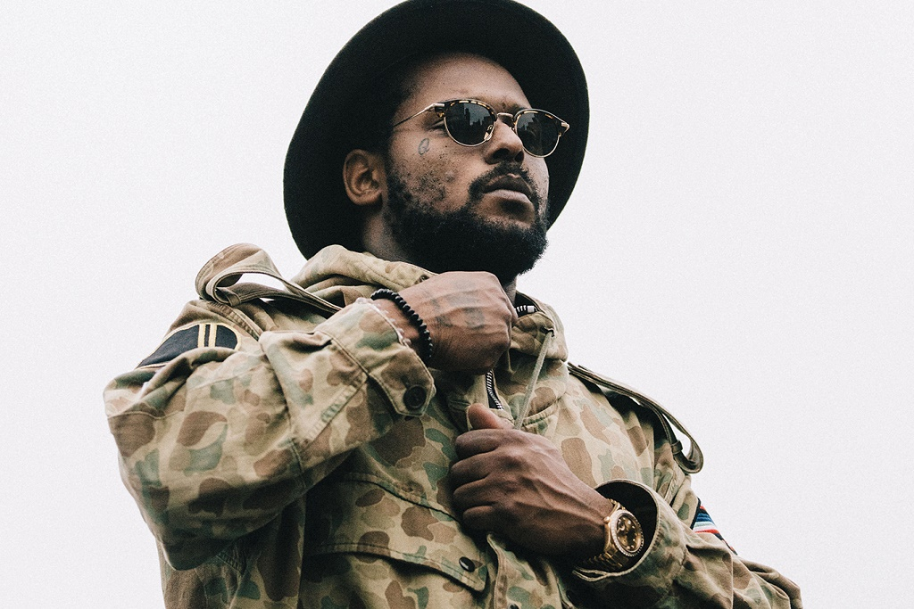ScHoolboy Q's 'Blank Face LP' Debuts at No. 2, Right Behind Drake's 'Views'