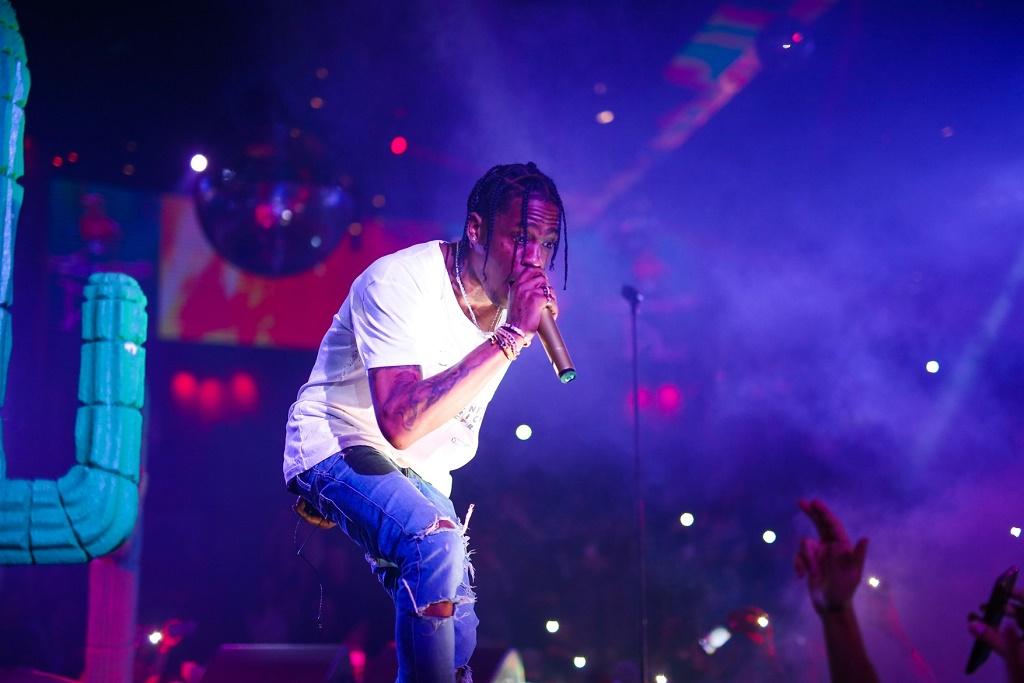 "Watch Travi$ Scott's Energetic Performance of ""Uber Everywhere"" Remix"