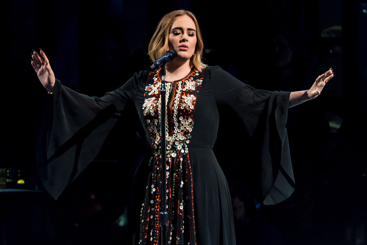 Adele Declined Offers to Play the 2017 Super Bowl Halftime Show