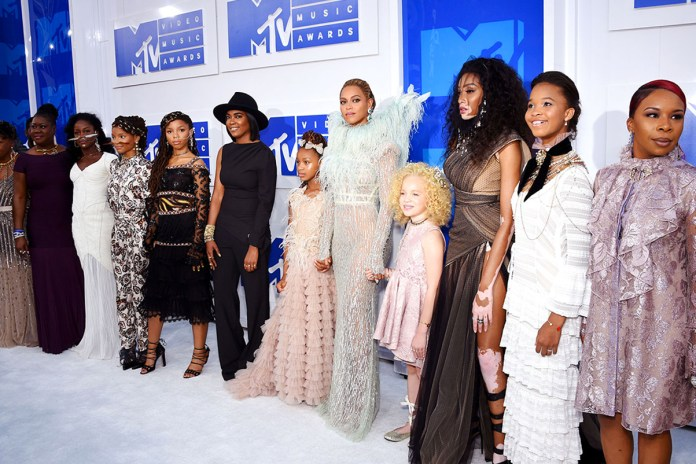 Beyoncé Brought the Mothers of Trayvon Martin, Eric Garner, Mike Brown & Oscar Grant to the VMAs