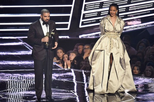 "Drake Was ""Stuck in Traffic"" & Missed Accepting His Best Hip-Hop Video Award at the 2016 VMAs"