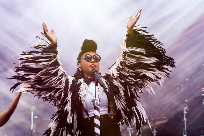 """Janelle Monae Wants Everybody to """"Hum Along & Dance (Gotta Get Down)"""""""