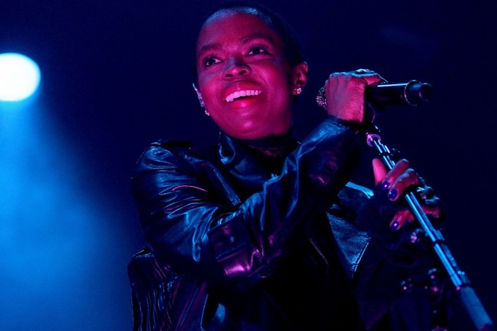 "Lauryn Hill Performs ""Doo Wop (That Thing)"" & ""Mystery of Iniquity"" for 'Austin City Limits' & Announces New Tour"