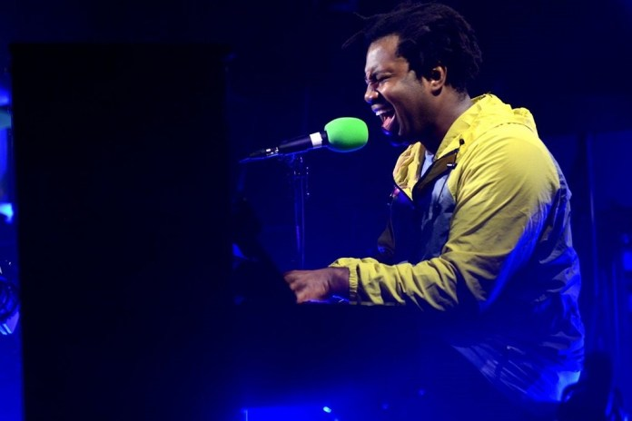 "Sampha Drops New Single ""Blood On Me,"" Announces Debut Album 'Process'"
