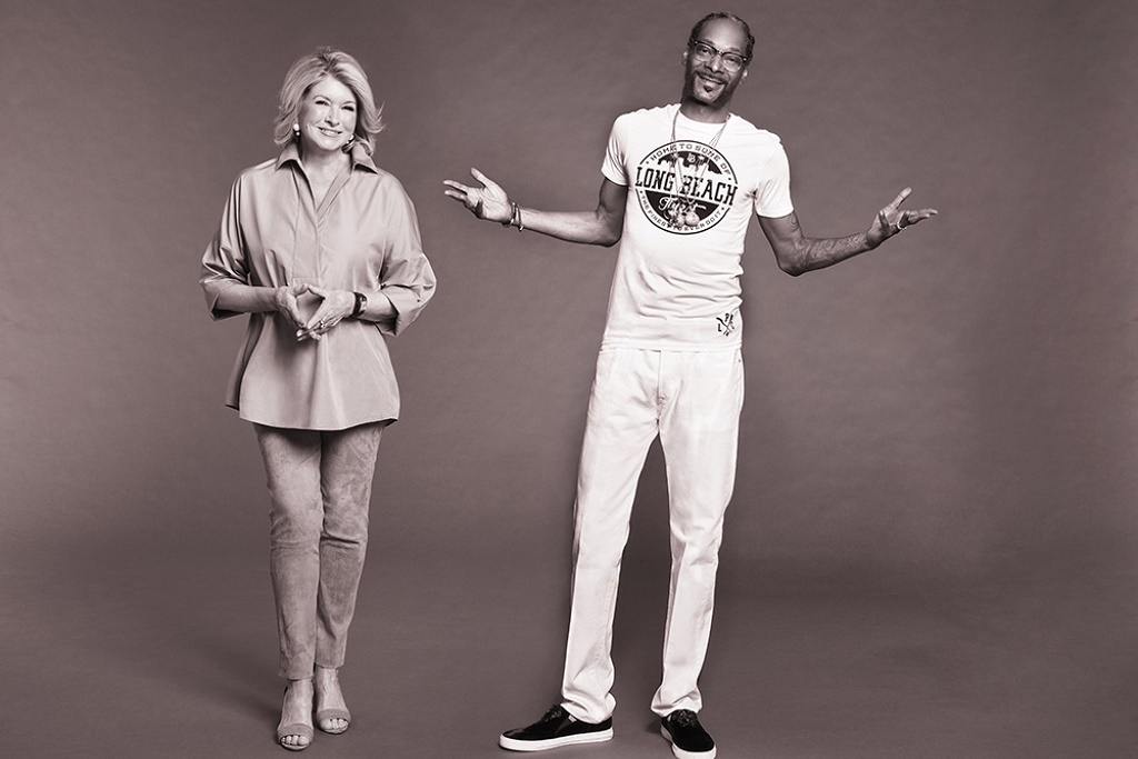 Snoop Dogg & Martha Stewart Are Getting Their Own Cooking Show