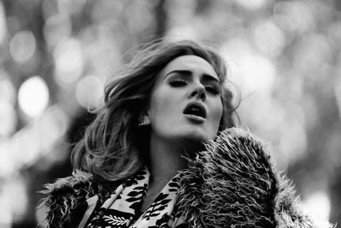 "Adele's '25' Is Certified Diamond Certified, ""Hello"" Is Seven-Times Platinum"
