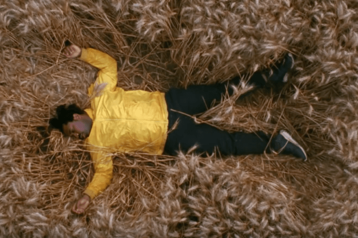 "Sampha Shares New Video for ""Blood On Me"""