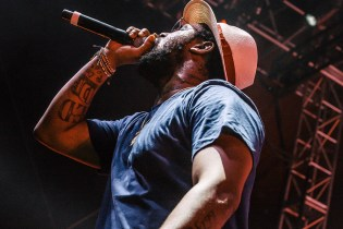 ScHoolboy Q Does Not Like Voting or The Original 'Super Mario Bros.'