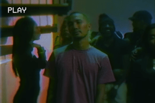 "Watch soso's New Visual Single for ""Closed Curtains"""