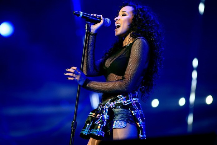 "Watch Tinashe Perform ""Superlove"" & Debut ""Company"""