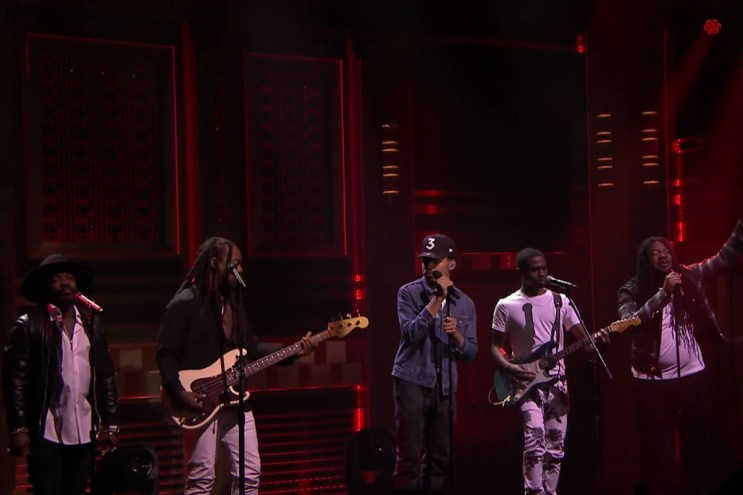 """Chance the Rapper Recruits Ty Dolla $ign, Raury, D.R.A.M. & Anthony Hamilton for """"Blessings (Reprise)"""" Performance"""