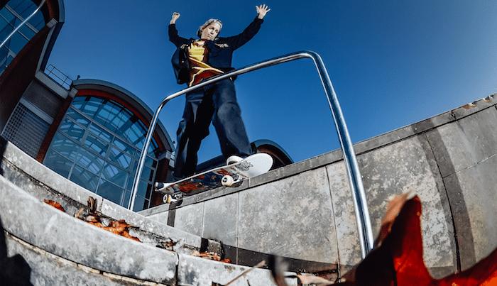 'Vague' Premieres Lucy Adams's 'Metre Of Air' Part