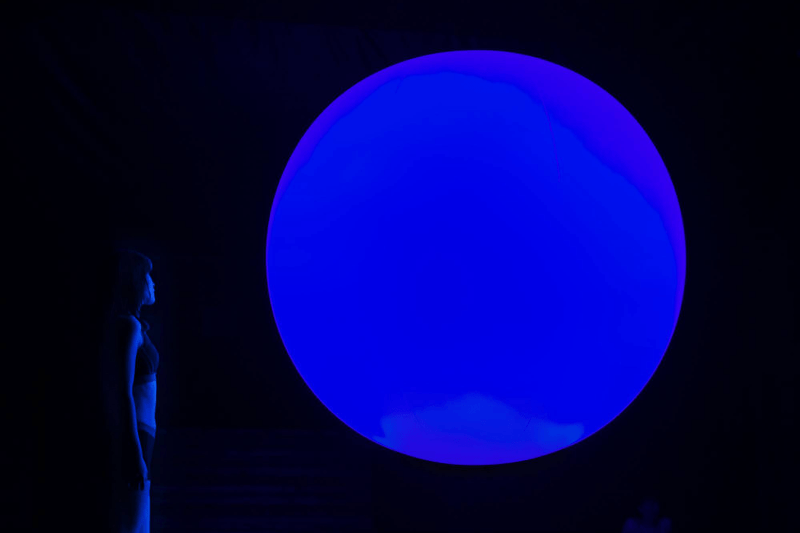 teamlab digital art rinkan sauna tiktok reconnect immersive installation light