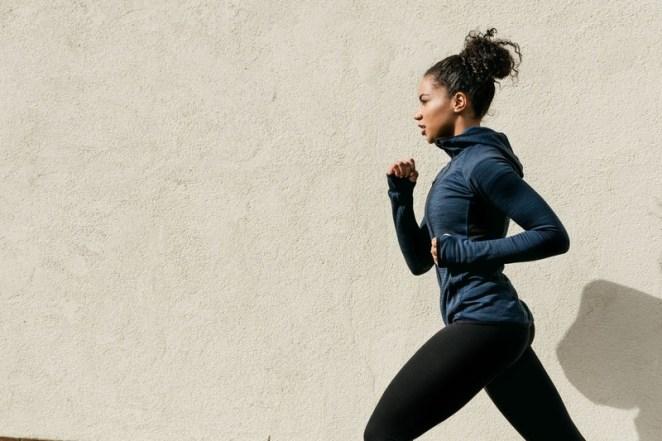 Evde, salonda ve dışarıda spor yapma rehberi: Hangi spor sana uygun? Yürüyüş ve koşu nasıl yapılır?