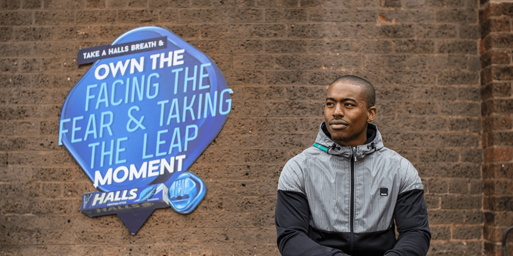 TAKE A HALLS BREATH AND #OWNTHEMOMENT Halls TW Jesse 1 1