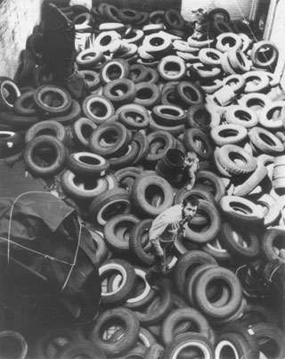 "Allan Kaprow in the middle of ""Yard"""