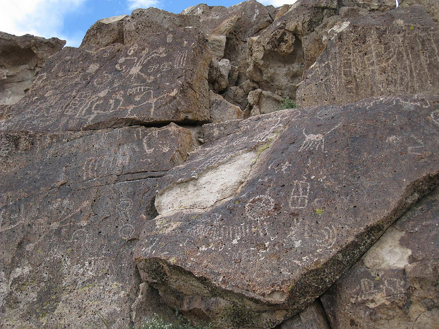 Petroglyphs in the Volcanic Tableland region