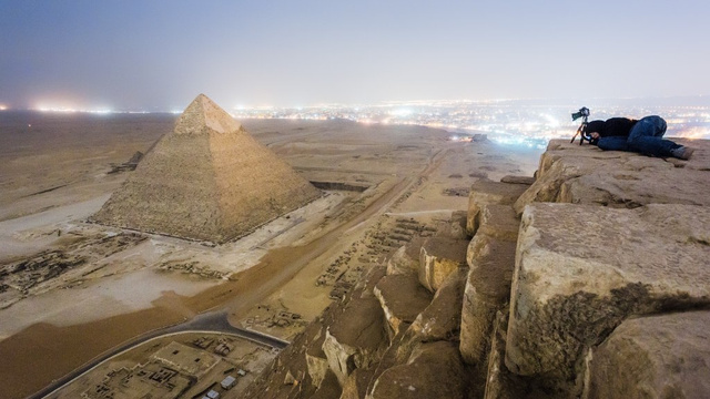 Russian photographers atop the Great Pyramid of Giza