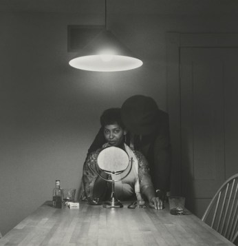 "Carrie Mae Weems, ""Untitled (Man and mirror),"" from ""Kitchen Table Series"" (1990), gelatin silver print, 27 1/4 x 27 1/4 in (69.2 x 69.2 cm) (Collection of Eric and Liz Lefkofsky, promised gift to The Art Institute of Chicago) (© Carrie Mae Weems) (photo © The Art Institute of Chicago) (click to enlarge)"