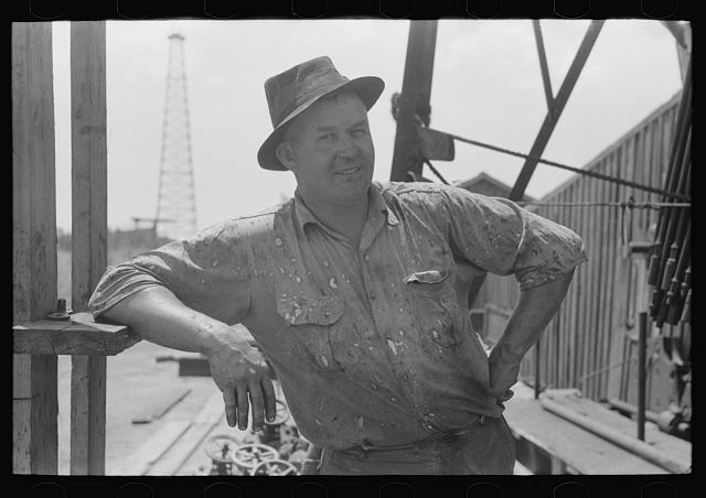 Roughneck in a Seminole, Oklahoma, oil field, photograph by Russell Lee (August 1939) (via Photogrammar/Library of Congress)