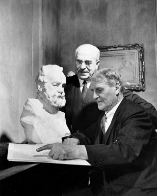 Portrait of Edward Waldo Forbes and Paul J. Sachs with bust of Victor Hugo, 1944. Photograph by George Woodruff. Photographs of the Harvard Art Museum, 1927-2001 (HC 22), file 3.186. Harvard Art Museums Archives, Harvard University, Cambridge, MA