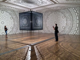 "Anila Quayyum Agha's ""Intersections"" at the Grand Rapids Art Museum (photos by Hrag Vartanian for Hyperallergic)"
