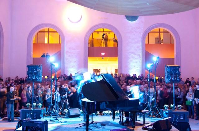 """Ragnar Kjartansson and Davíð Þór Jónsson performing """"An Evening of Misery"""" at the Art Gallery of Ontario as part of Villa Toronto"""