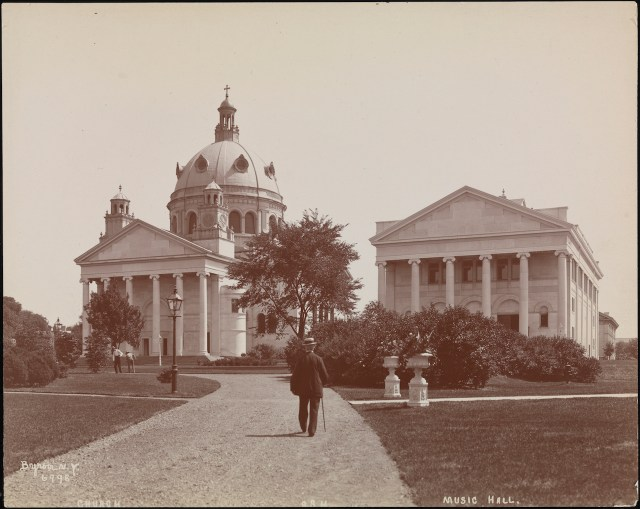 Snug Harbor Music Hall on Staten Island (1899) (courtesy Museum of the City of New York, Byron Company Collection)