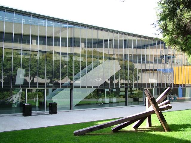 Monash University's Caulfield Campus (photo by Jarle Andersen via Wikimedia Commons)