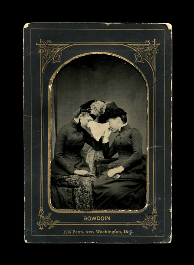 'Beyond the Dark Veil: Post Mortem & Mourning Photography from The Thanatos Archive'