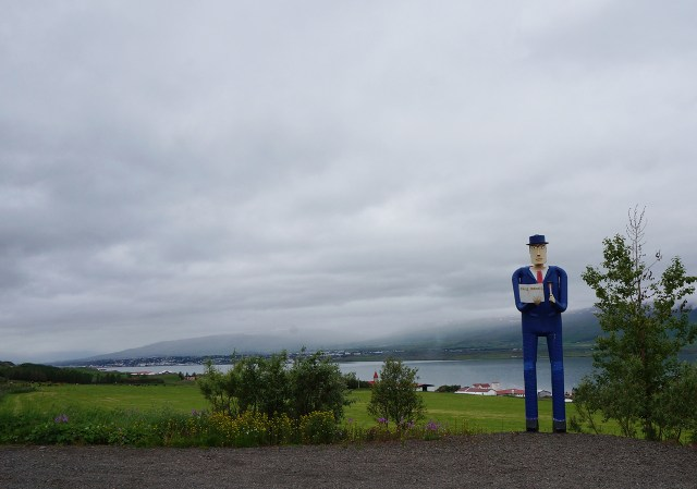 A towering sculpture of a man greets you at Safnasafnið, the Icelandic Folk and Outsider Art Museum (all photos by the author for Hyperallergic)