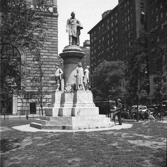 Verdi Monument, Verdi Square, 1935