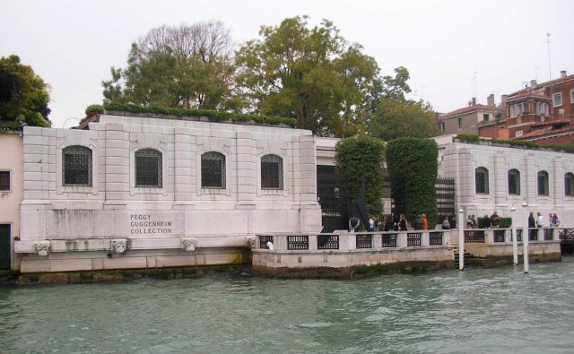 The Peggy Guggenheim Collection in Venice (Image via Wikimedia)