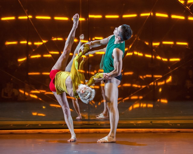 """""""Tree of Codes,"""" directed and choreographed by Wayne McGregor, visual concept by Olafur Eliasson, and music by Jamie xx. Performed by dancers from Paris Opera Ballet and Company Wayne McGregor in the Drill Hall, Park Avenue Armory on Opening Night, September 14, 2015"""
