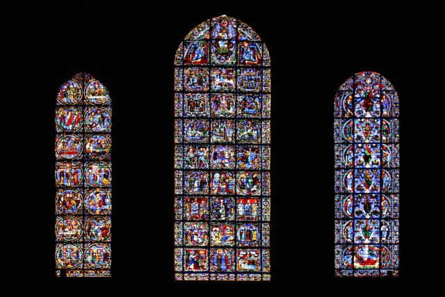 Stained glass windows at Chartres Cathedral (Image via Eusebius@Commons/Flickr)