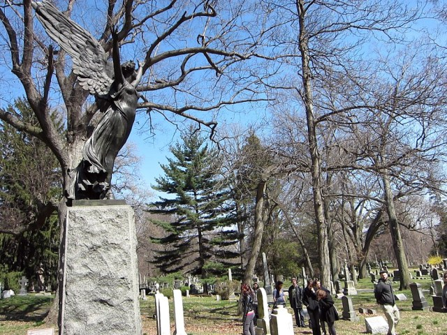 Green-Wood Cemetery in Brooklyn, one of the sites on the Landmarks Preservation Commission backlog (all photos by the author for Hyperallergic)