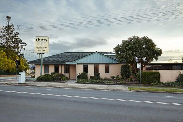 "Ho Hai Tran, ""Olsens Funerals , Revesby, NSW, Australia"""