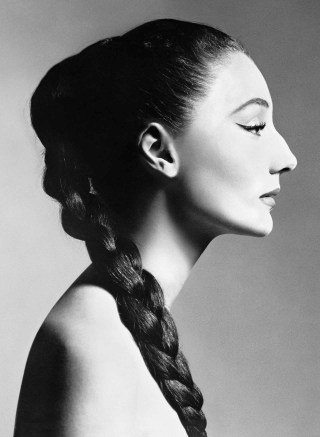 03.Jacqueline de Ribes by Richard Avedon, 1955