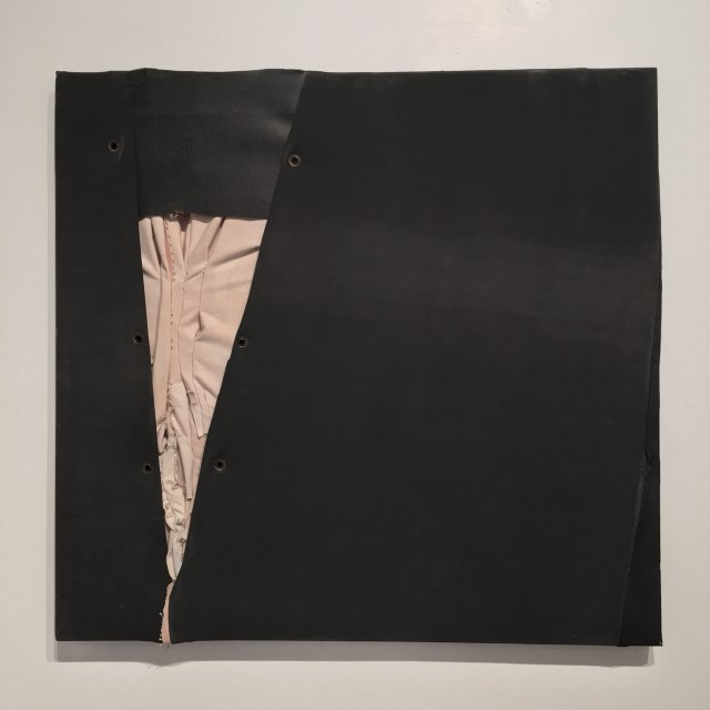 """""""C-7"""" (1976), Canvas, rubber, and thread on canvas, 33.25 x 35 in. (Image courtesy the author for Hyperallergic.)"""