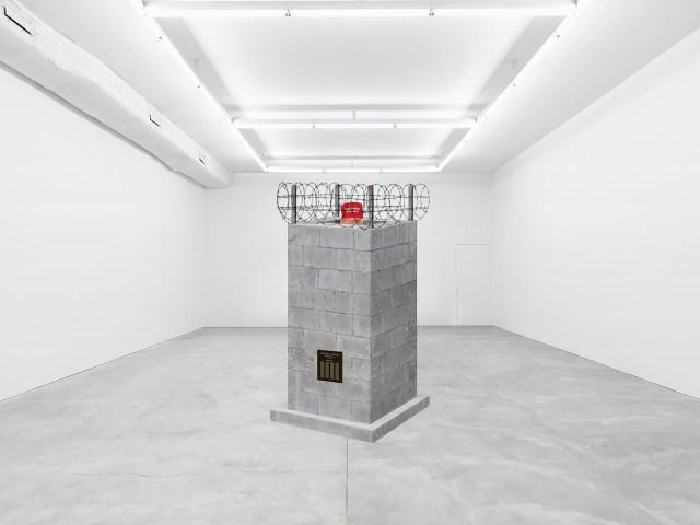trump_monument_art_gallery